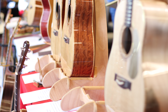LUTHIERS1